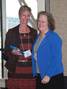 Distinguished Service Award Winner Ann Fowler (left) with Margaret Dihlmann-Malzer.